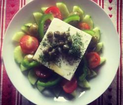 Santorini healthy salad