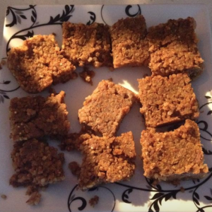 Pumpkin quinoa bars