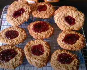 Healthy peanut butter and jelly cookies