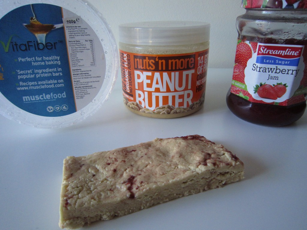 My Favourite.. Peanut Butter & Jelly Quest Bar.. 50g Vitafiber, 35g Vanilla Whey Protein, 15g nuts 'n more Peanut Butter and 20g Reduced Sugar Jam