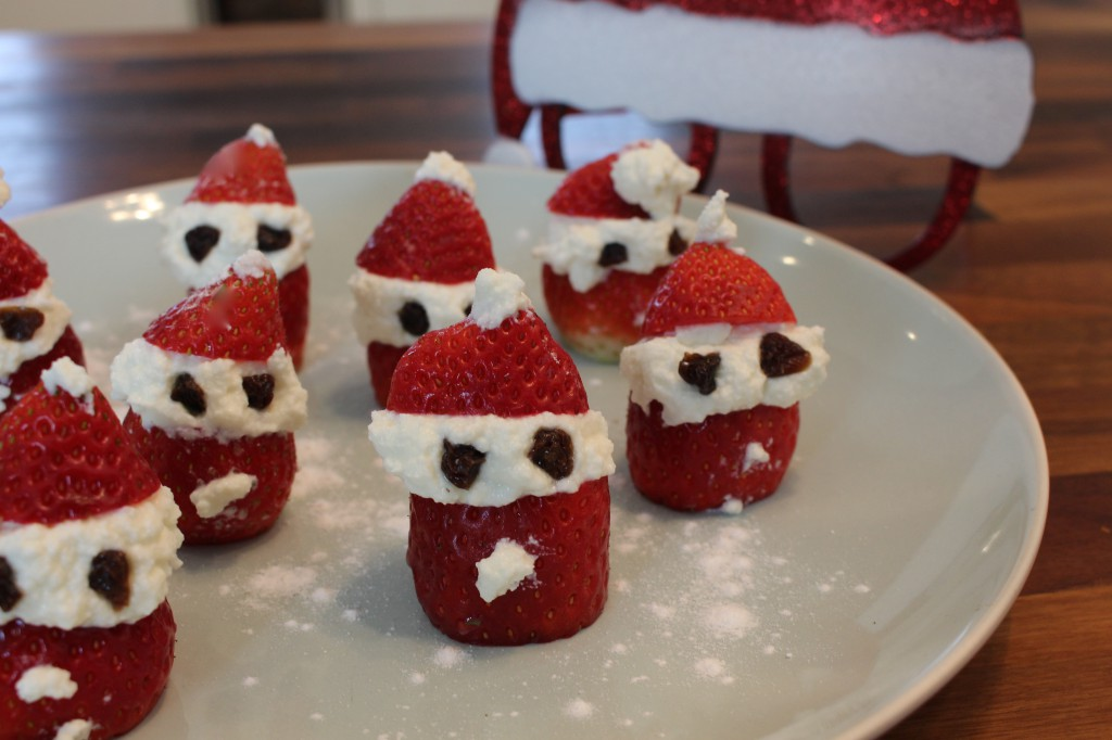 Strawberry Santa Men