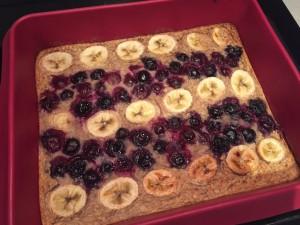 Baked Blueberry Banana Oats