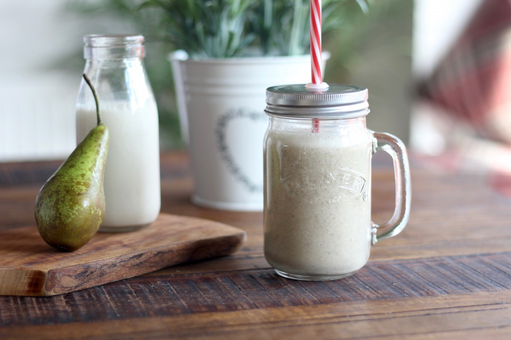 Pear & Oat Bran Smoothie