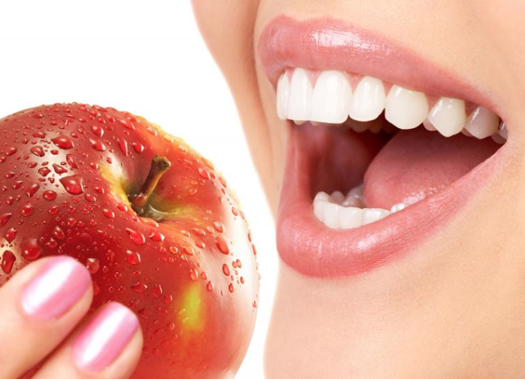 Foods to Eat for Healthy & White Teeth