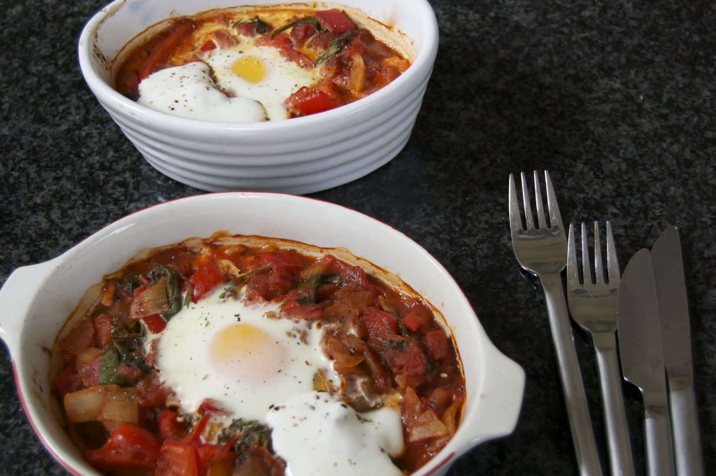 Healthy Baked Eggs (perfect for brunch!)