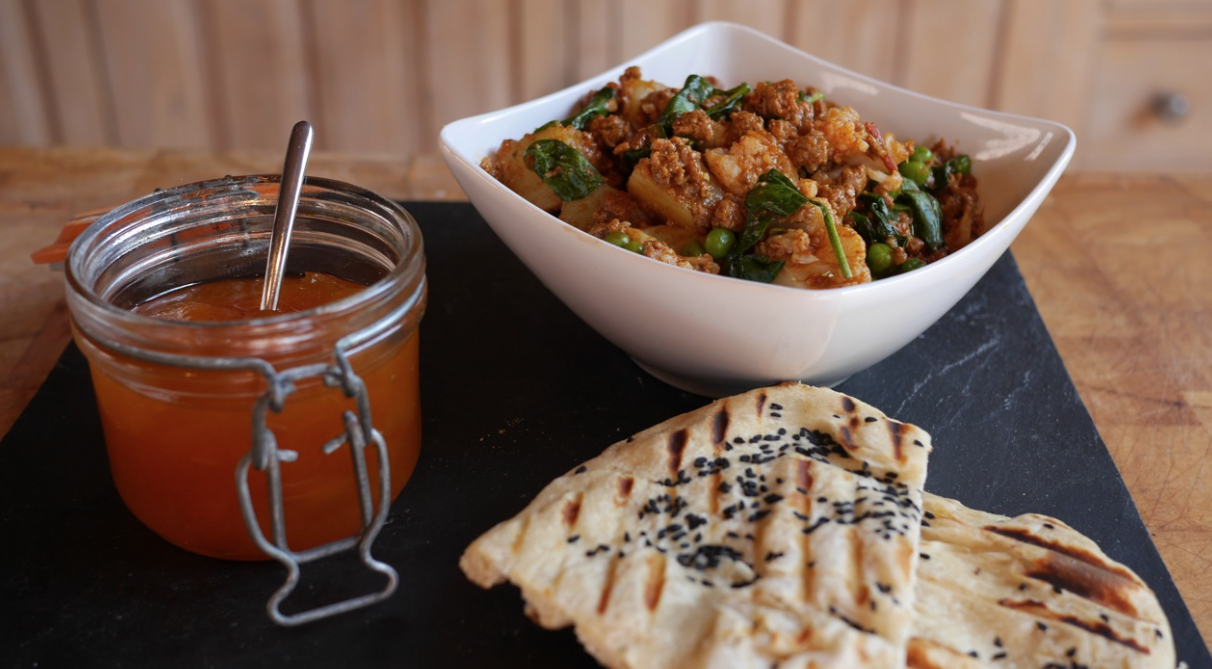 Vegetable Curry with Quorn Mince